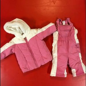 Old Navy Baby 2-pieces Snow Suit 6-12months
